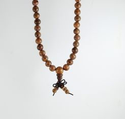 Saga Tree Wood Mala 8mm